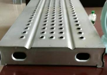 240x65钢跳板
