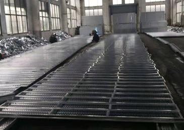 250x50热镀锌钢跳板